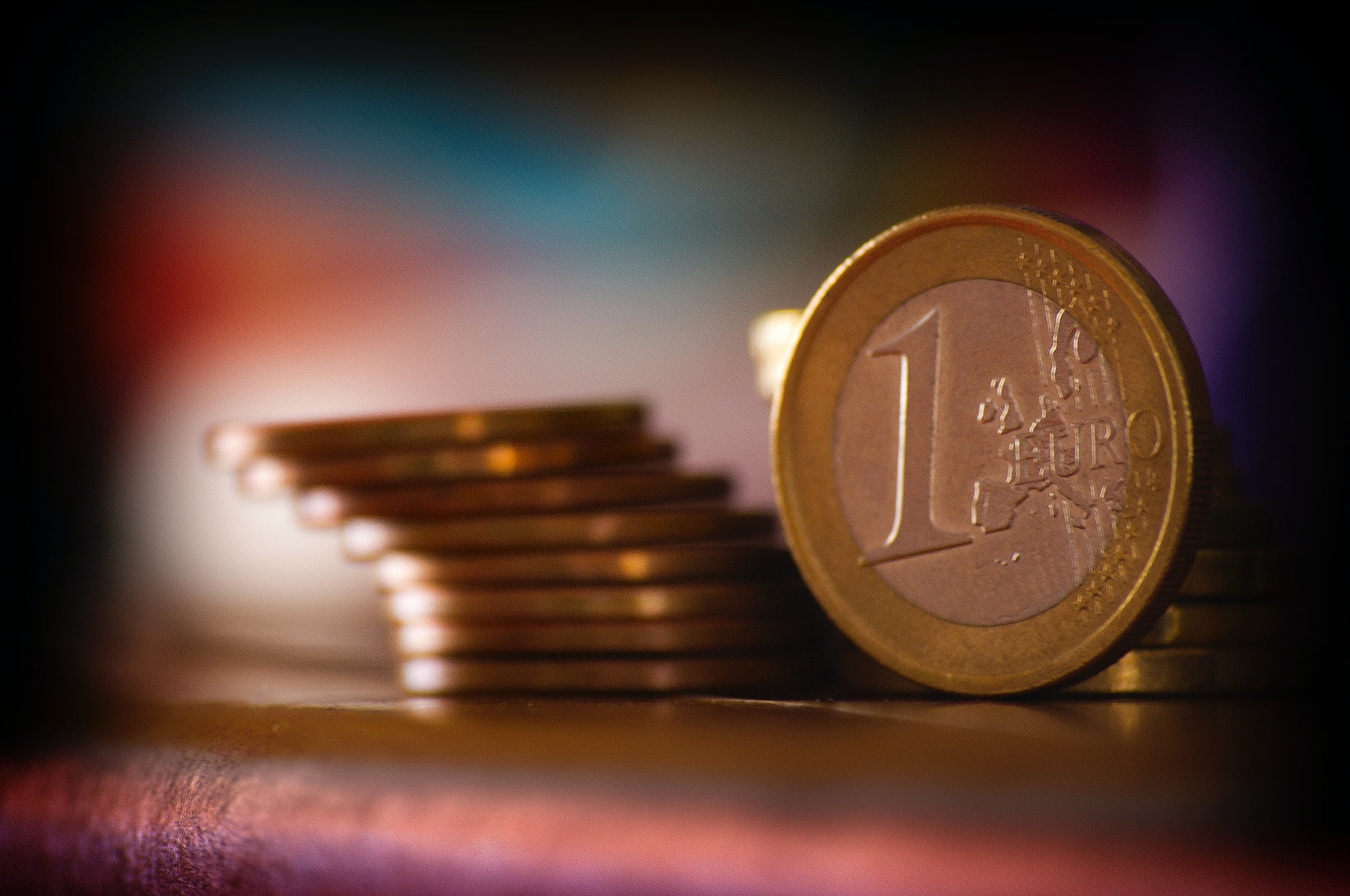 Pièce de 1 Euro, faire des économies